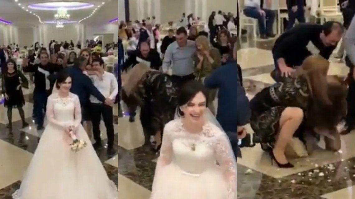 ¿No será mucho? Dos mujeres se agarraron de los pelos por un ramo de novia
