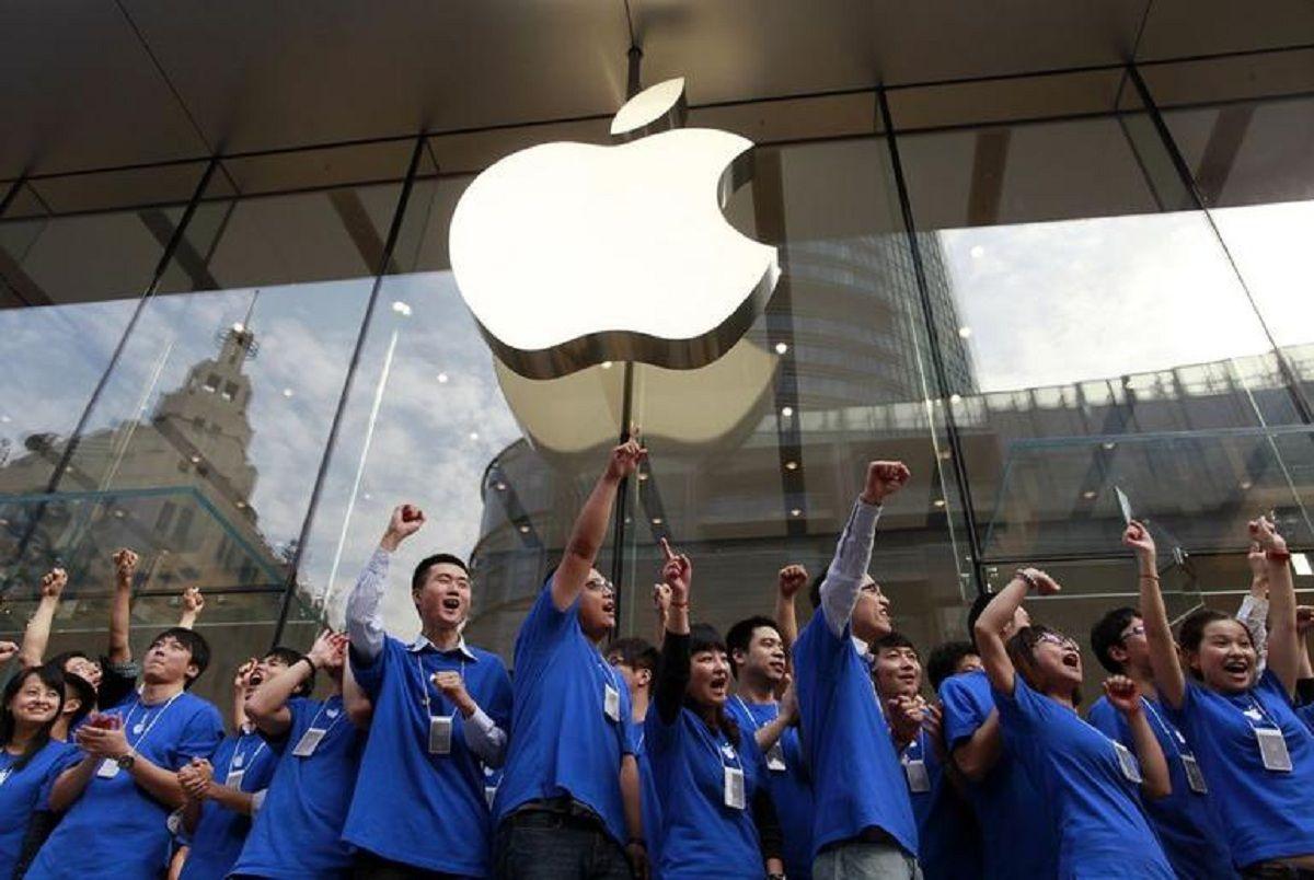 Sin poder competir con las marcas locales, Apple remata en cuotas y sin intereses el iPhone en China