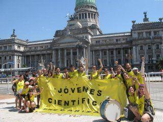 Becarios Conicet exigen recomposición salarial. Foto: Facebook.