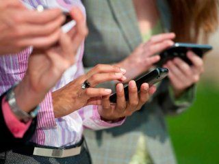 mas aumentos: las tarifas de los celulares suben hasta un 18%