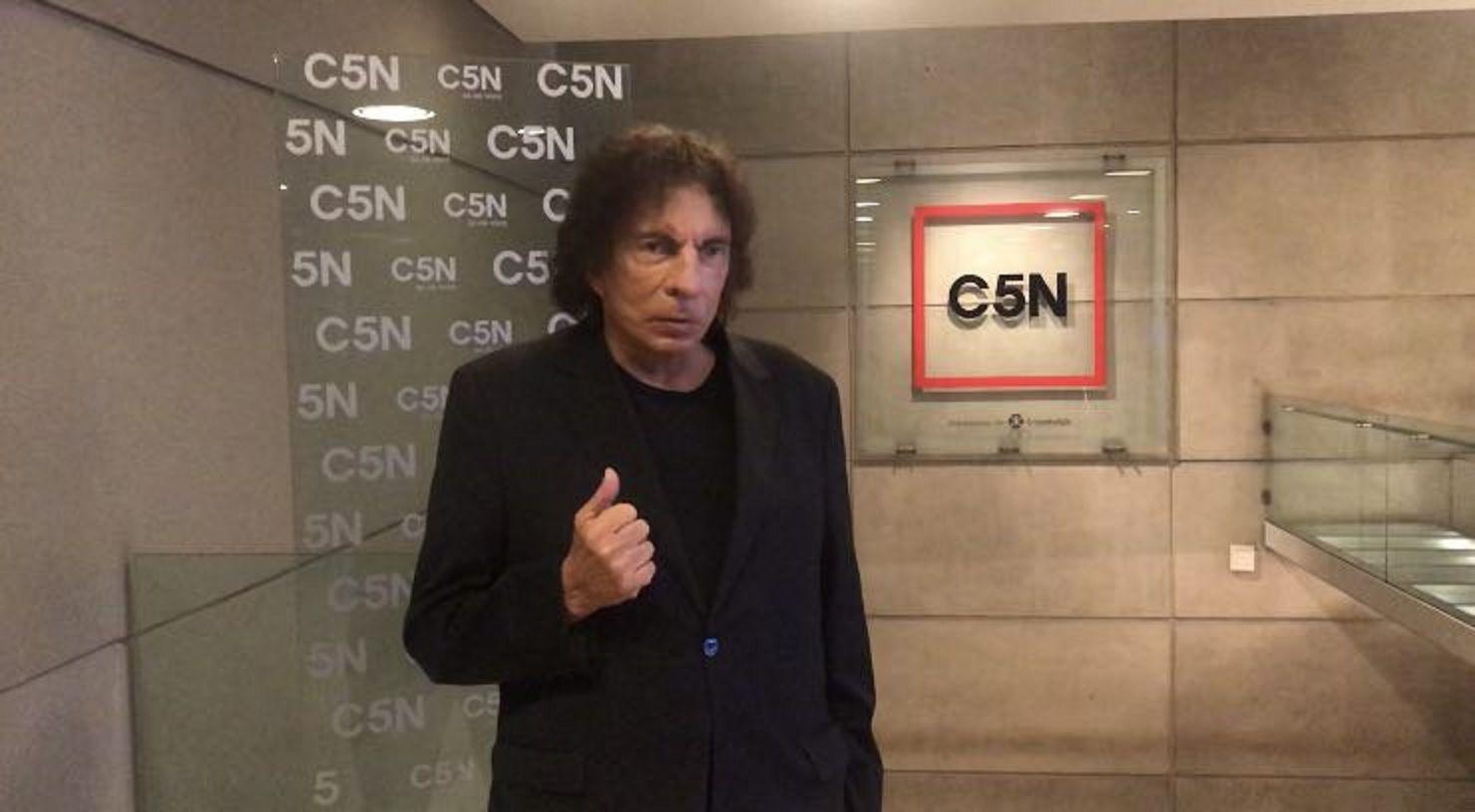Voto cantado: la payada viral de Alejandro Dolina con la que eligió sus candidatos para las elecciones 2019