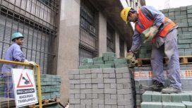 Por la crisis, adelantaron la suba del salario mínimo: se va a $12.500