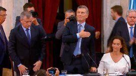 El momento más caliente de la Asamblea: Bajó la pobreza y creció la economía, dijo Macri