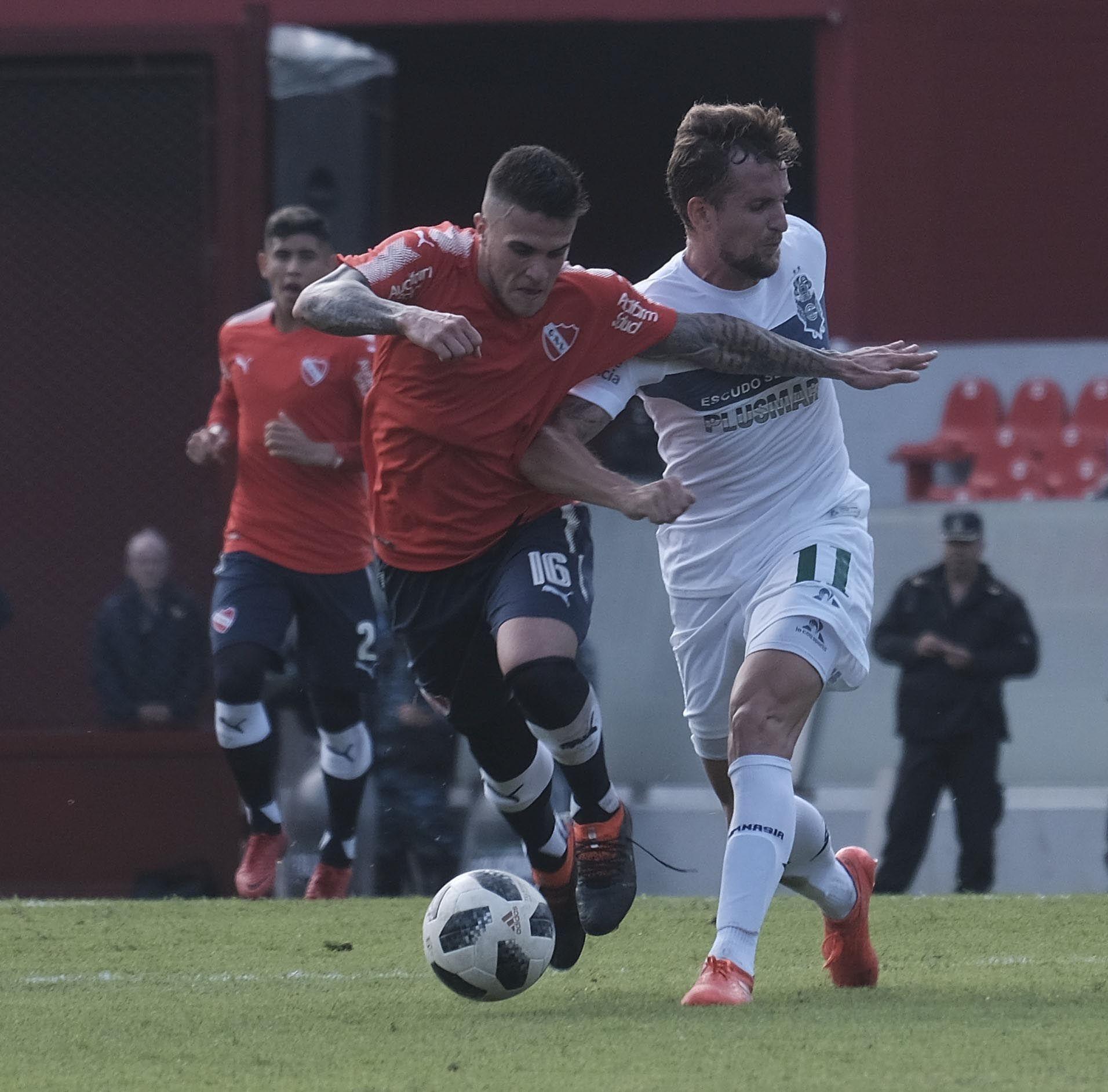Independiente visita a Gimnasia en La Plata