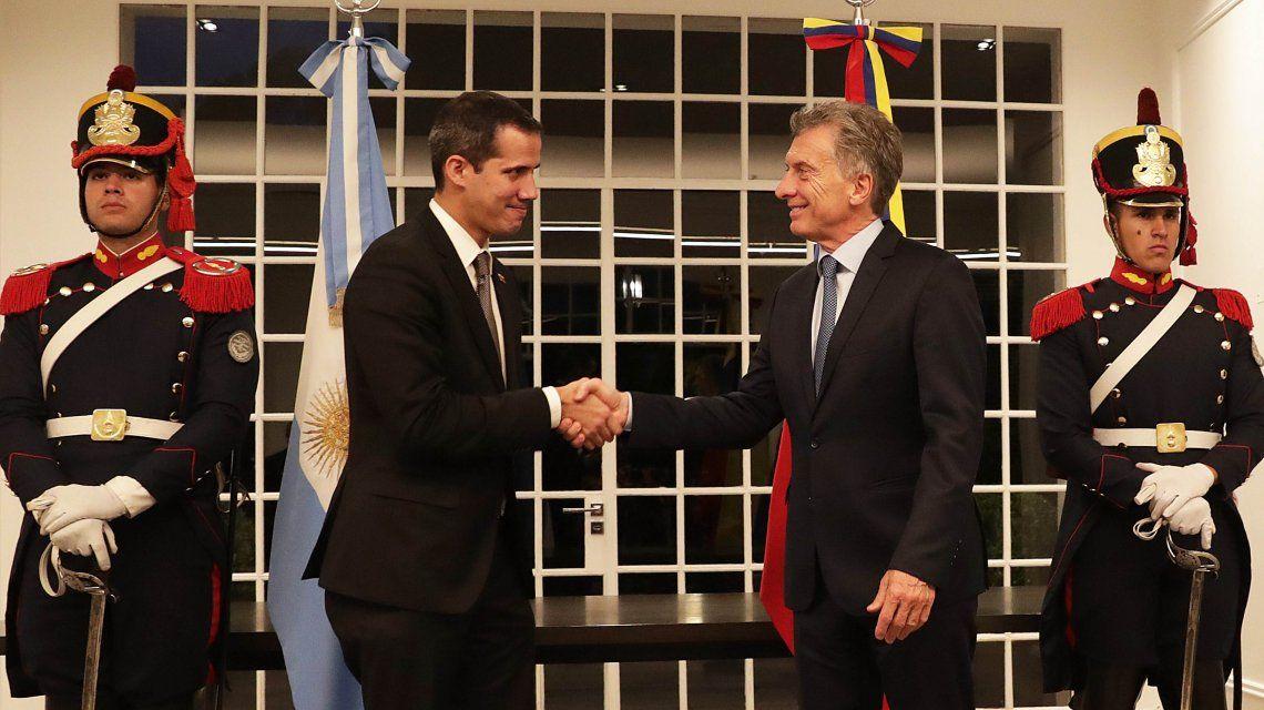 Juan Guaidó y Mauricio Macri
