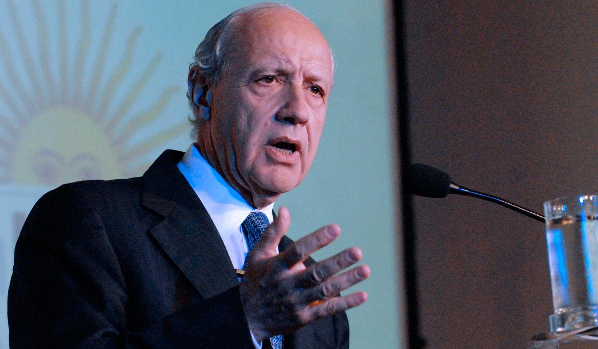 Roberto Lavagna: No tengo intención de participar en ninguna interna