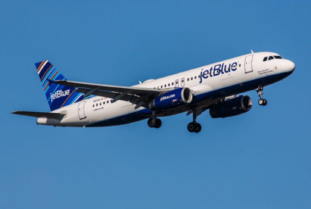 La low cost Jet Blue ofrece vuelos gratis por un año a quienes borren todas sus fotos de Instagram