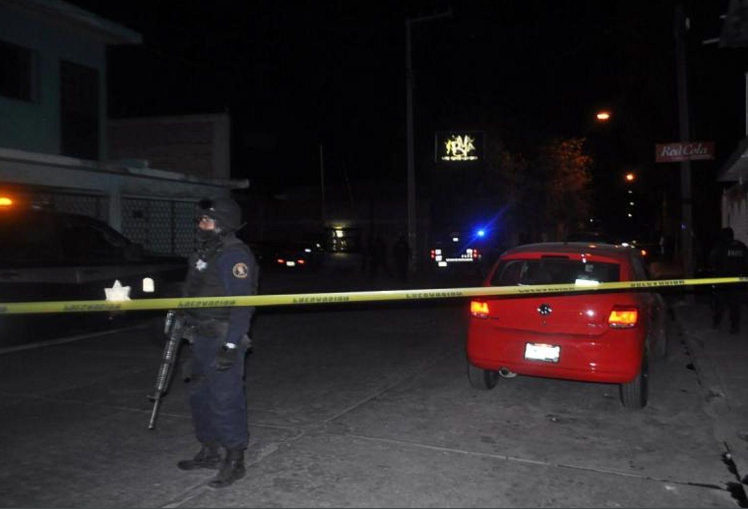 México: unos sicarios entraron a un club nocturno y mataron a al menos 13 personas