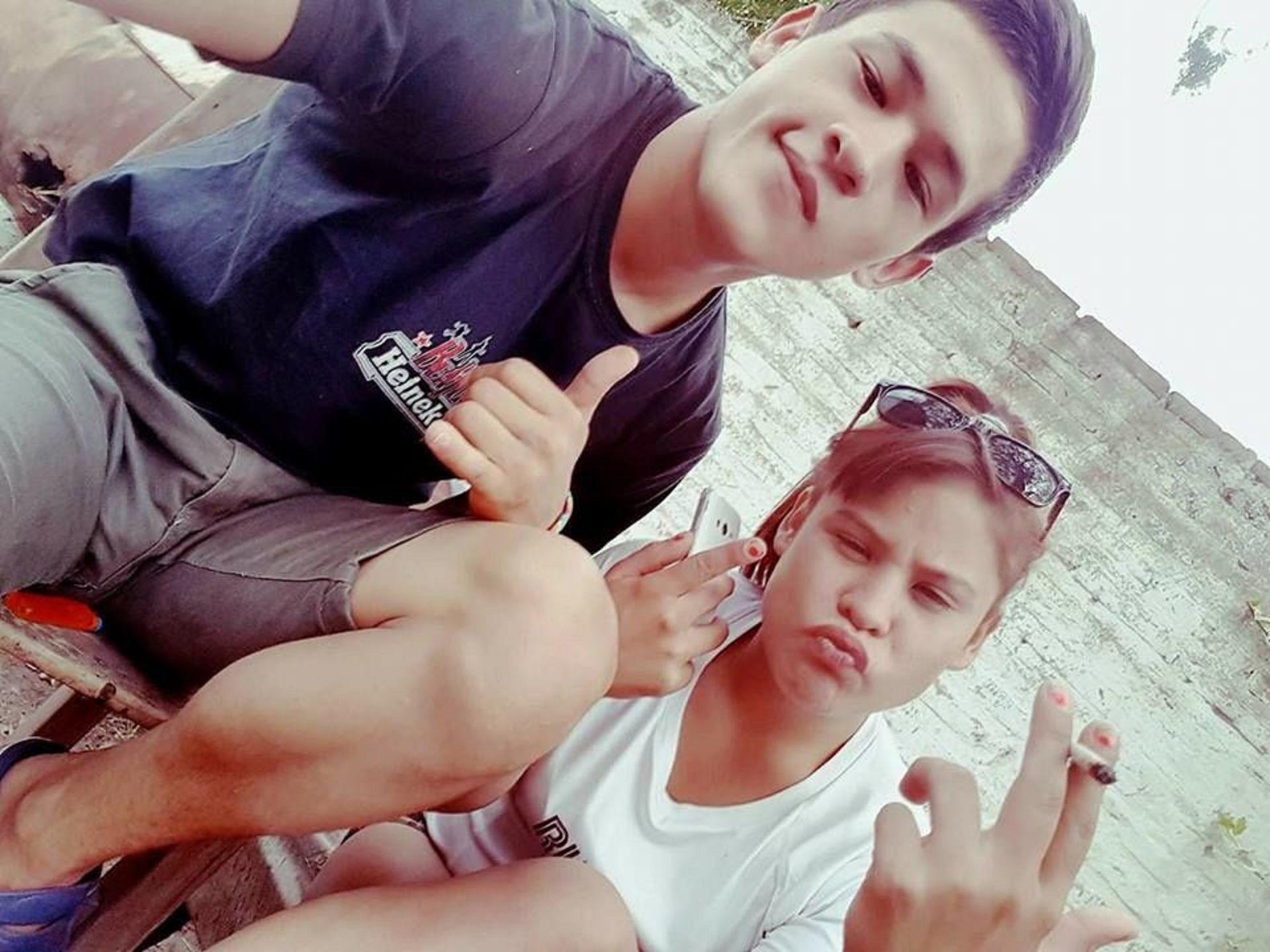 Martín y su hermana Daniela. Foto: Facebook.