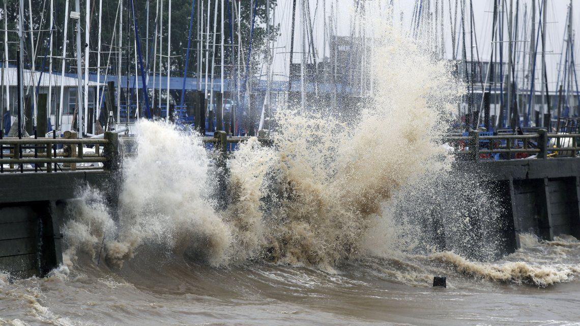 Violenta sudestada en el Río de la Plata