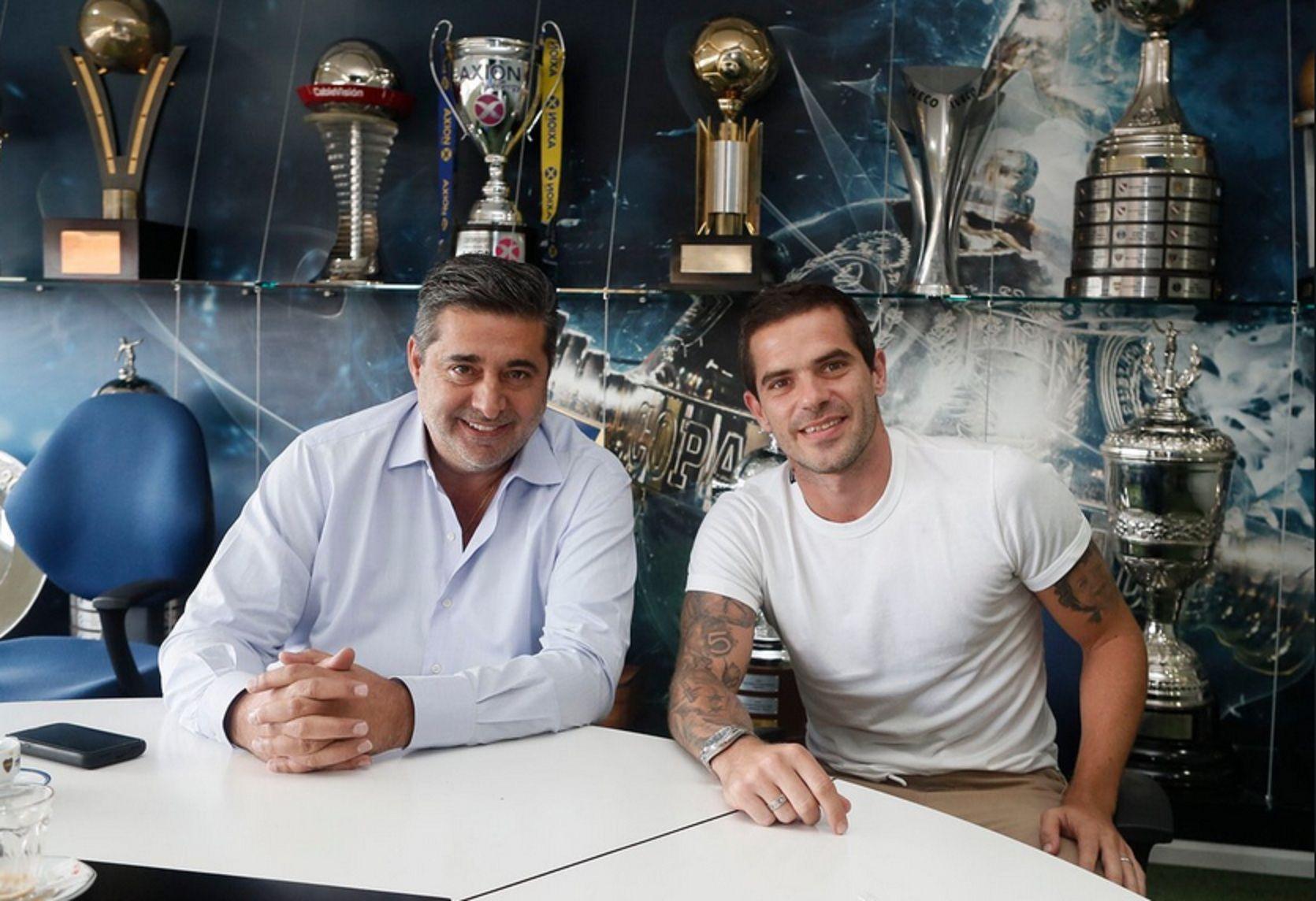 Gago rescindió su contrato con Boca: el mensaje del club