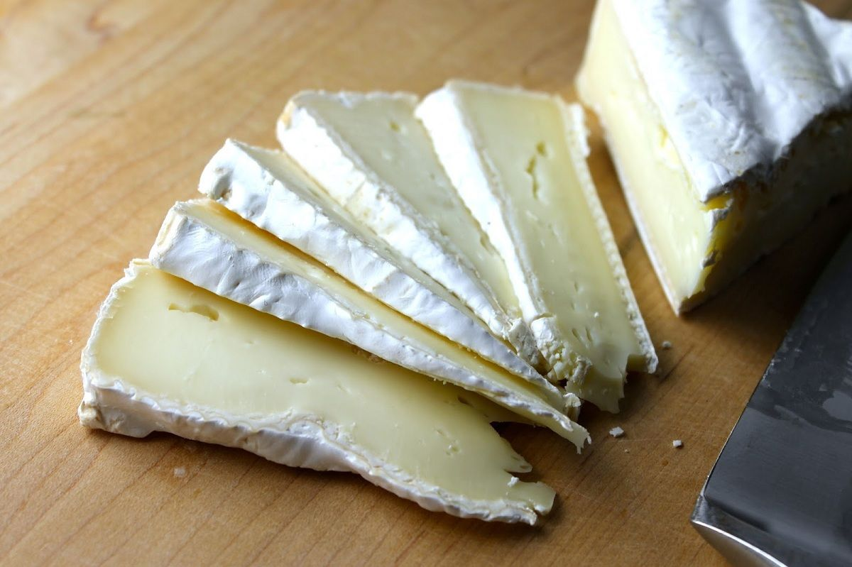 La Anmat prohibió la venta de una sal gruesa, dos quesos y varios productos médicos