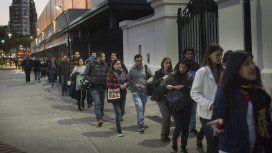 El desempleo aumentó pese a la suba del trabajo precario