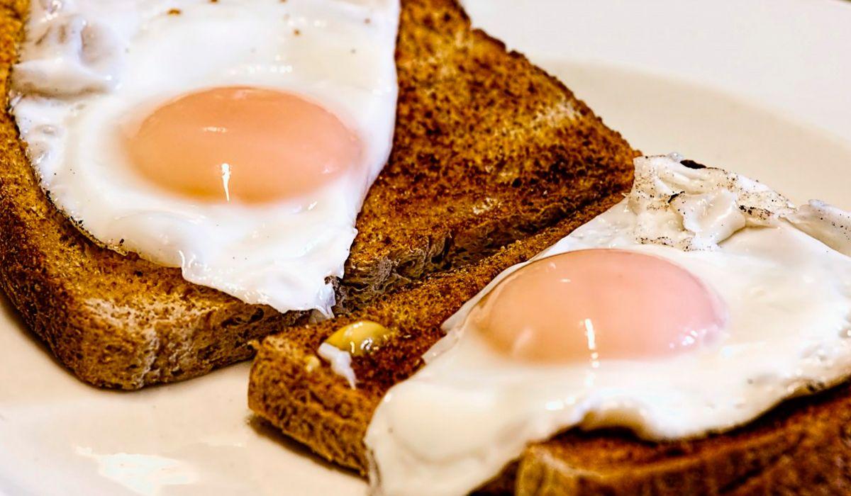 Un estudio reveló cuántos huevos es saludable comer por semana