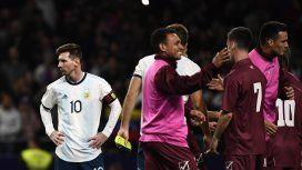 El antecedente de Scaloni ante Venezuela: derrota 3 a 1 en la vuelta de Messi