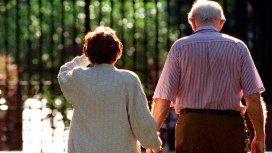 El aumento de la jubilación mínima será hasta 5 puntos por encima de la prevista por la ley