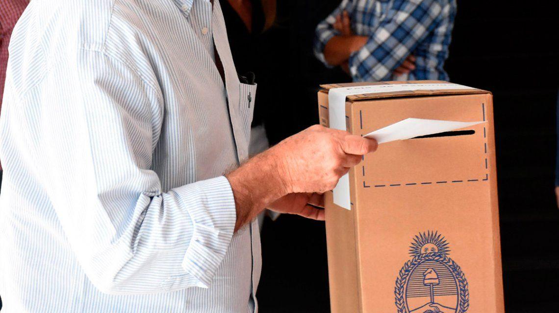 Un fiscal de Juntos por el Cambio agredió a una votante en Maschwitz