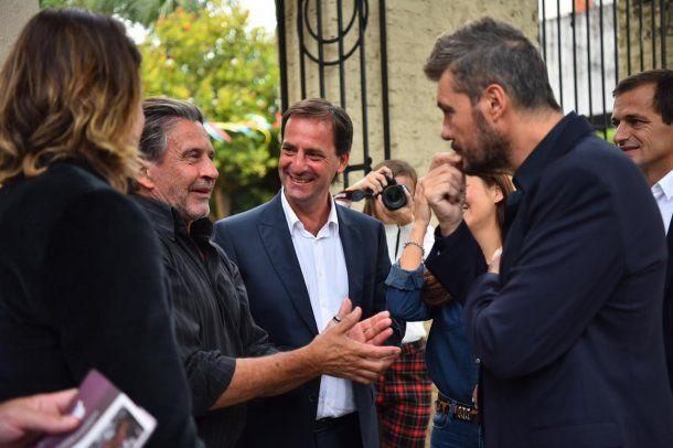 Ariel Sujarchuk con Marcelo Tinelli en una recorrida por Escobar<br>