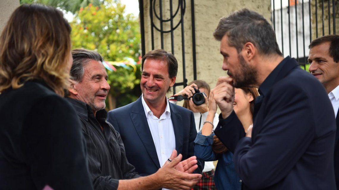 Ariel Sujarchuk con Marcelo Tinelli en una recorrida por Escobar