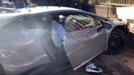 Video viral: destrozó contra un árbol un Lamborghini