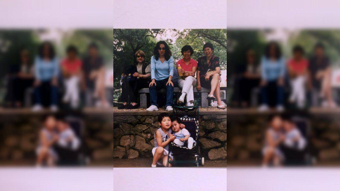 Buscó a la nena que la cuidó en un orfanato en China y la encontró