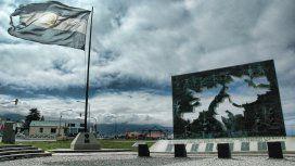 Se conmemora el Día del Veterano y de los Caídos en la Guerra de Malvinas