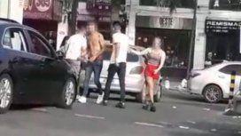 Violenta pelea entre jóvenes a la salida de un boliche en Castelar