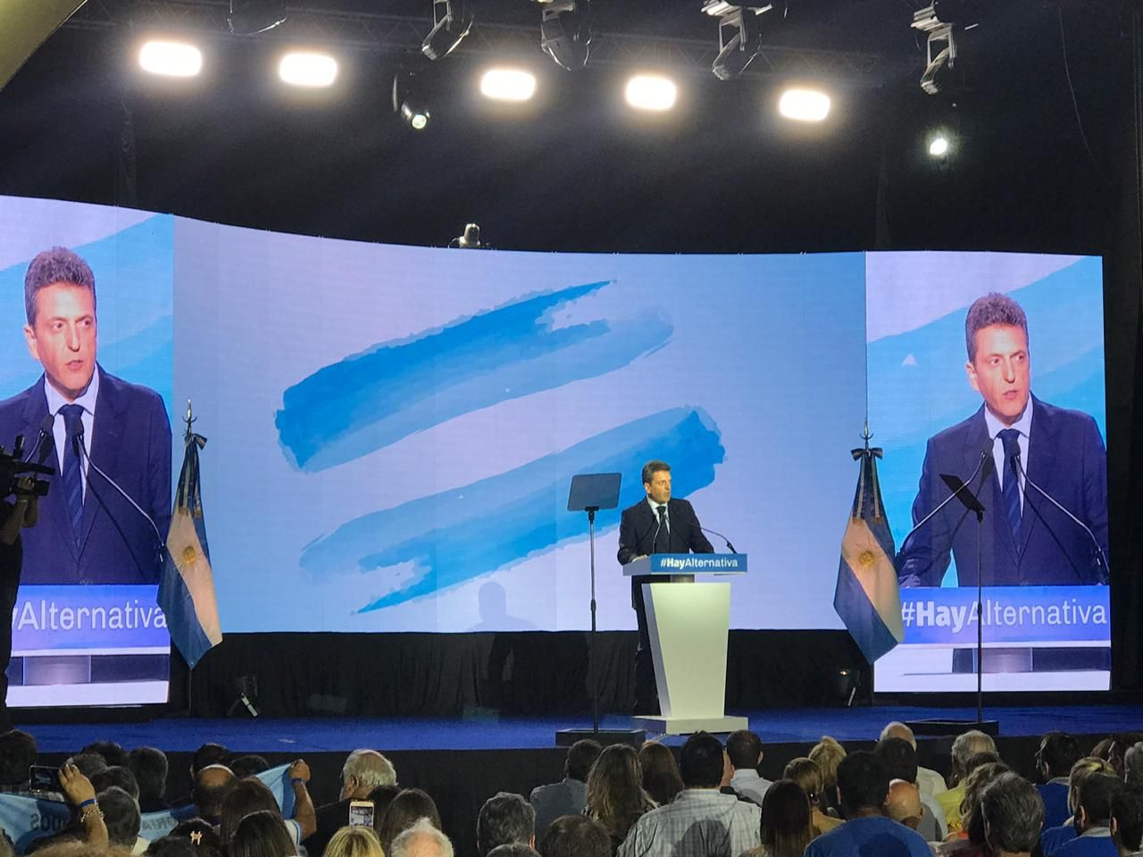 Sergio Massa lanzó su precandidatura: Macri fracasó