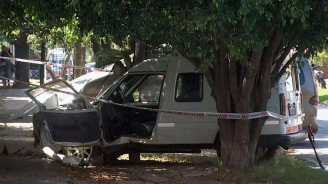 El hombre mató de diez puñaladas a la mujer y de otras cinco al hijo de ella