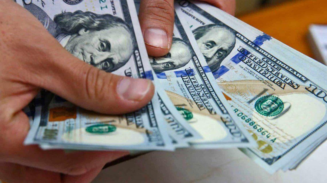 Tras la habilitación para que el Banco Central intervenga, el dólar cerró a $45,60