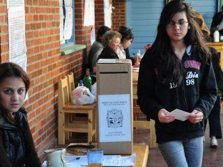 ocho de cada diez jovenes creen que su voto puede cambiar el destino del pais