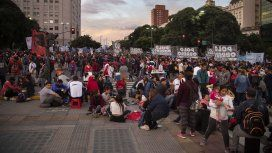 Máxima tensión en una protesta frente a Desarrollo Social