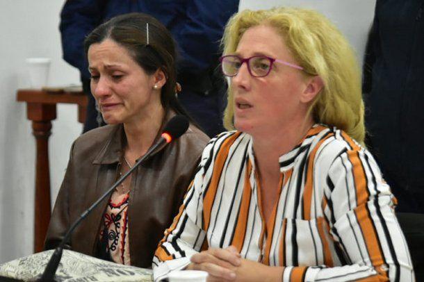 Carina Di Marco junto su abogada en el juicio en San Luis.