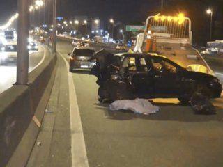 una camioneta choco a un uber en la panamericana y mato a su pasajera