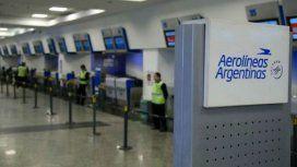 Oficial: los vuelos al exterior de Aerolíneas Argentinas pagarán el impuesto del 30%