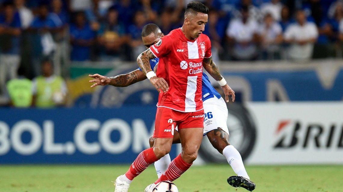 Huracán fue goleado por Cruzeiro y quedó al borde de la eliminación