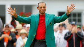 A los 43 años, Tiger Woods ganó Augusta y logró su quinto Masters