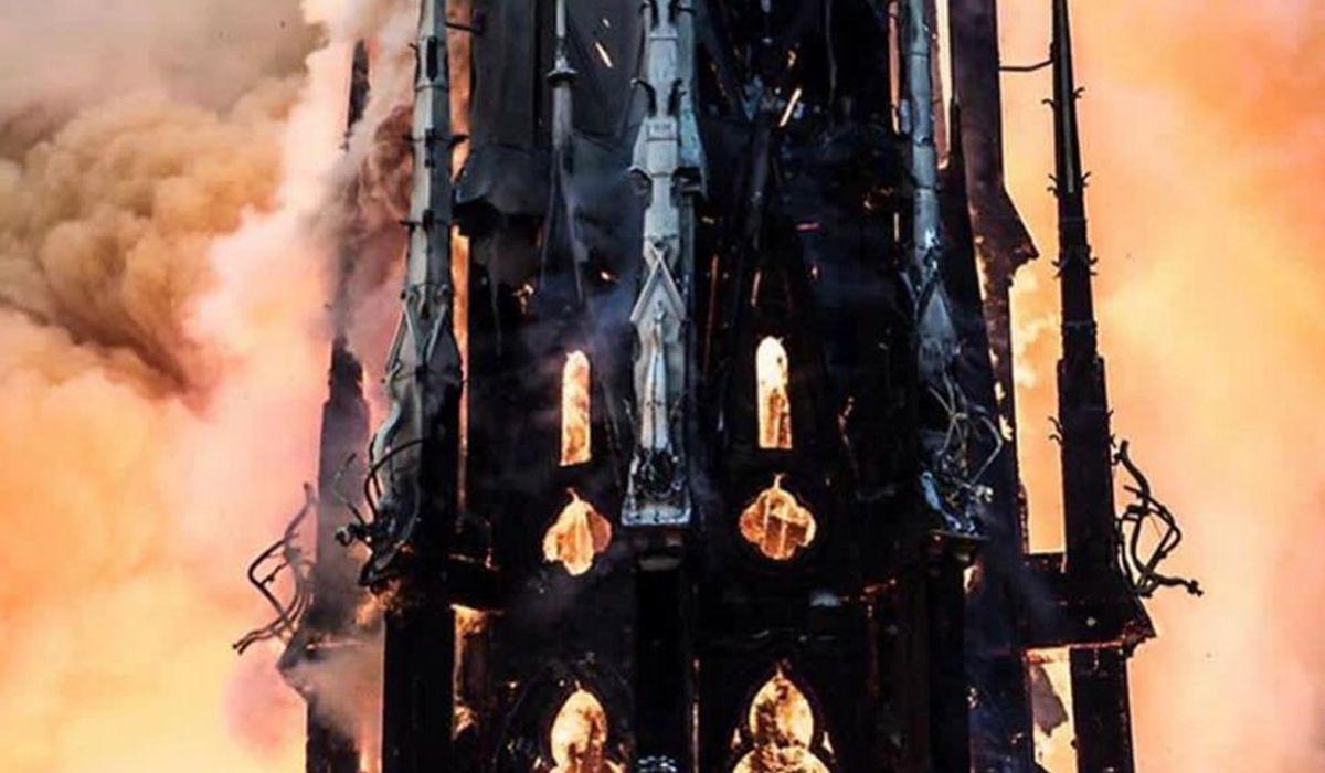 Tardaron 23 minutos en encontrar el foco de incendio en Notre Dame