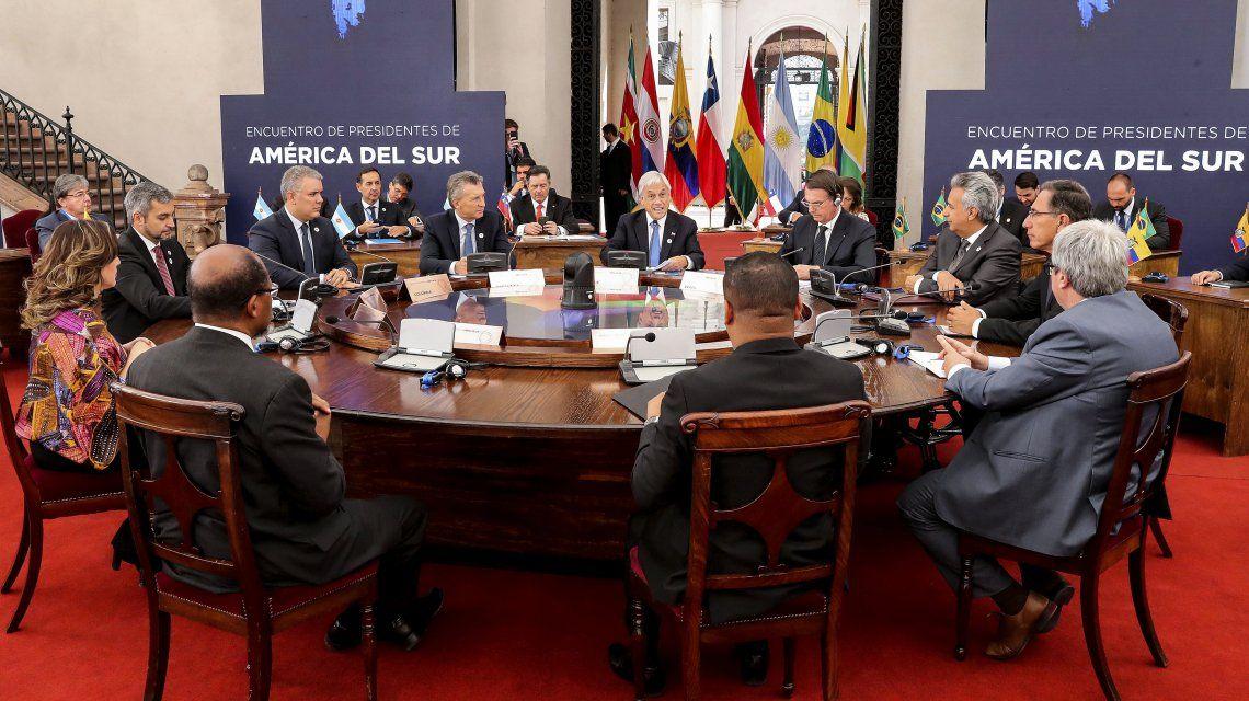 Macri con los presidentes de la región