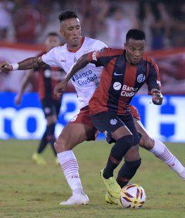 San Lorenzo le ganó por penales a Huracán y lo eliminó de la Copa de la Superliga