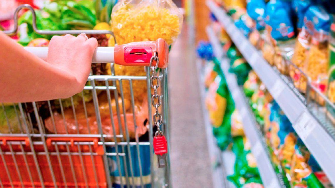 Eliminan el IVA a los alimentos de la canasta básica hasta fin de año