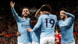 El Manchester City del Kun Agüero le ganó el clásico a United y es el nuevo líder