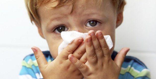La enfermedad por gripe es más grave y mortal en niños menores de 2 años.