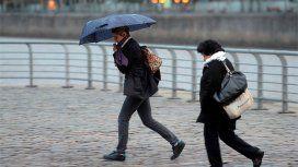 El fin de semana termina con probables lloviznas en la Ciudad