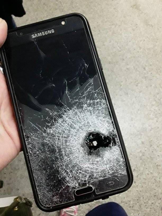 Le disparó un motochorro y el celular le salvó la vida: Todavía no puedo creer lo que pasó