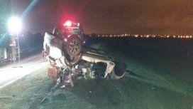 Accidente fatal en la Autopista Rosario - Córdoba: un camión chocó contra un auto y hay cinco muertos