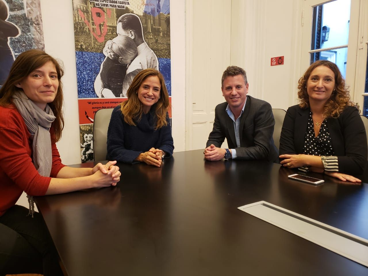 Señal de unidad del PJ en La Plata: Victoria Tolosa Paz y Federico Martelli
