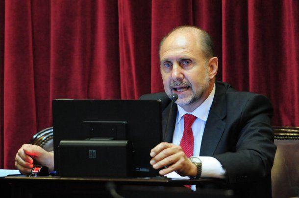 Precandidato a gobernador por el PJ Omar Perotti<br>
