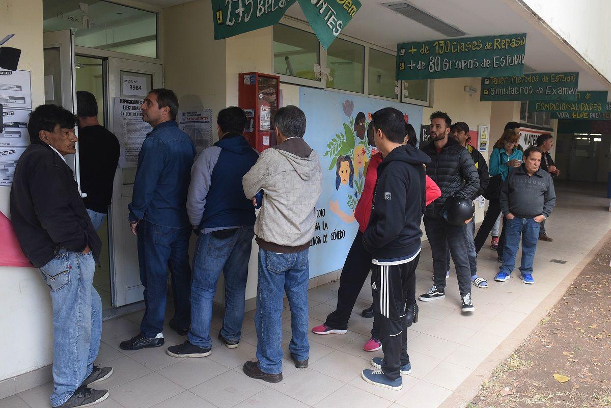 PASO en Santa Fe: Bonfatti es el más votado, pero lo aventaja la interna del PJ y Cambiemos suma su séptima derrota