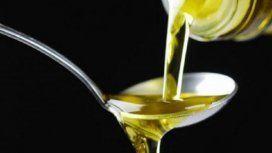 Prohiben la venta de un aceite, una harina y un suplemento alimenticio